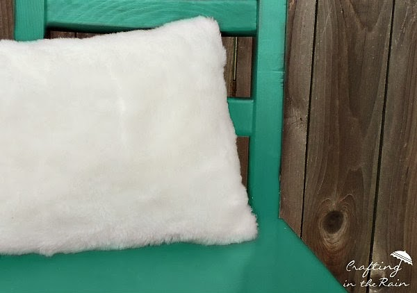 How To Sew A Fur Pillow Crafting In The Rain