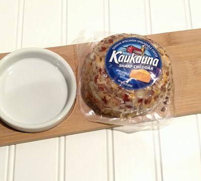 Easy Appetizers with Kaukauna® Sharp Cheddar Cheese Ball