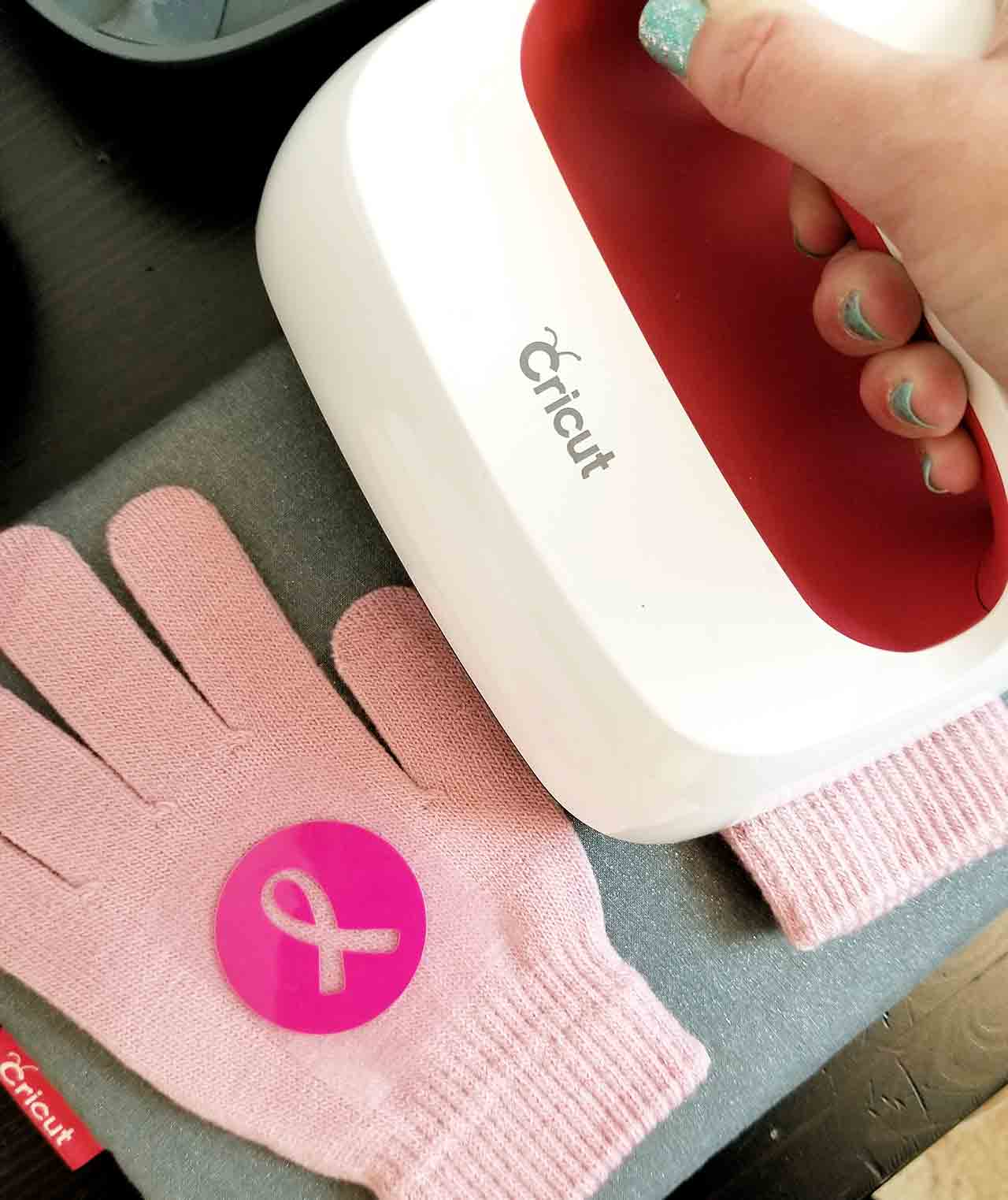 Breast Cancer Run Gift Bags with Cricut - Crafting in the Rain