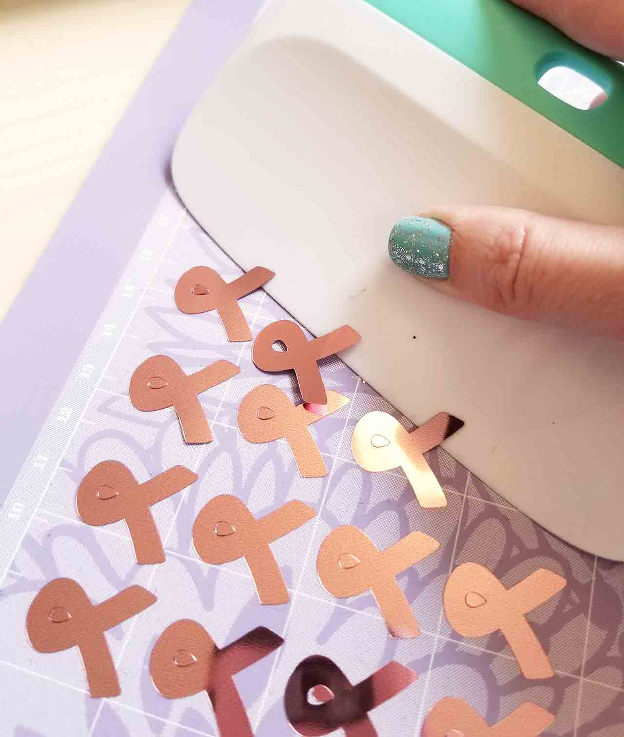 How To Use Cricut Party Foil Crafting In The Rain