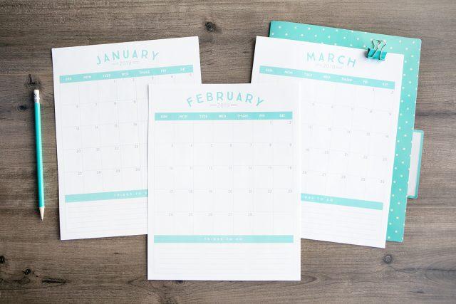 Free 2019 blue calendar printable