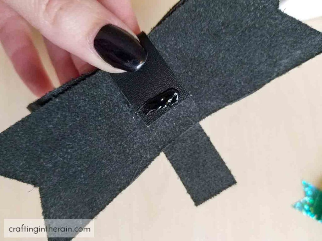 how to assemble leather bow hair clip