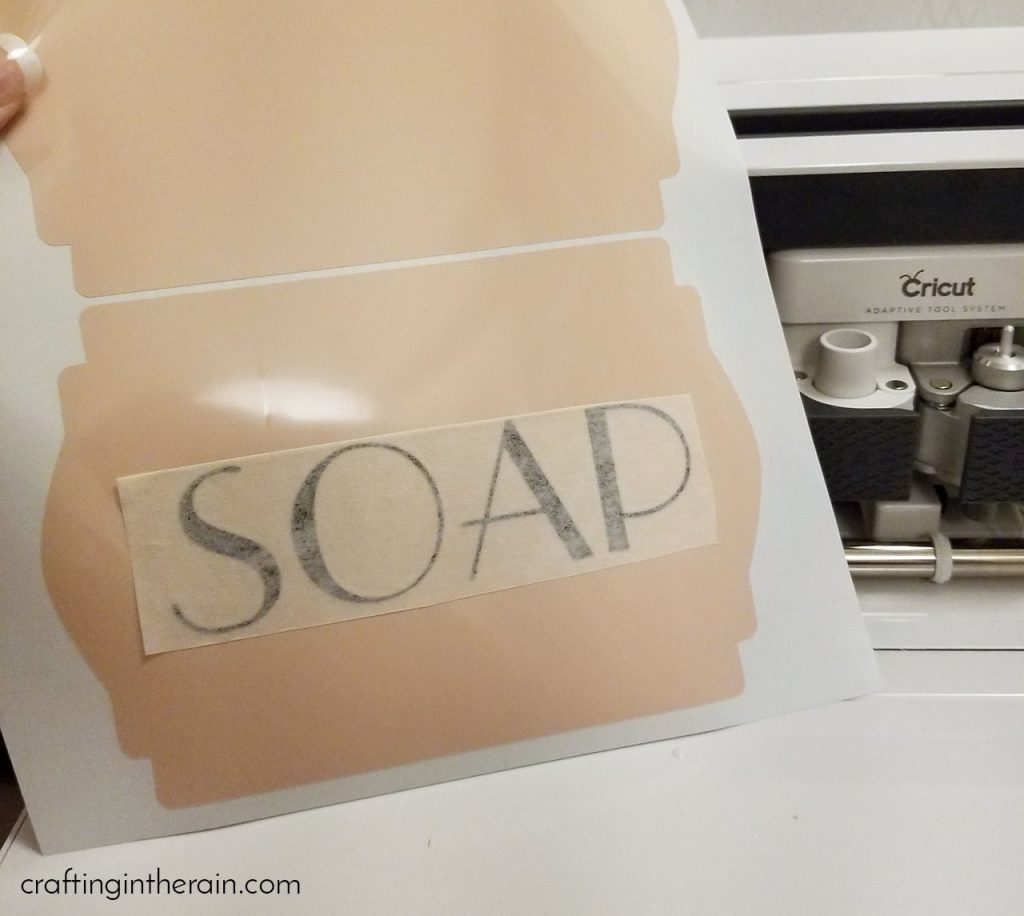Cricut laundry labels