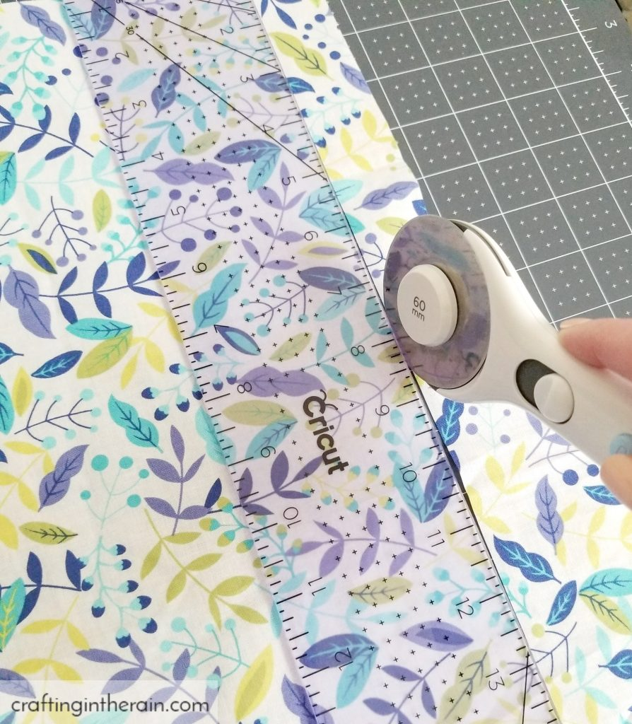 Cut fabric with Cricut rotary cutter