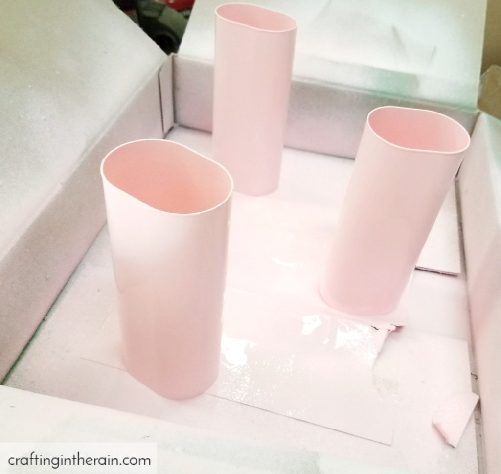 spray paint crystal light containers