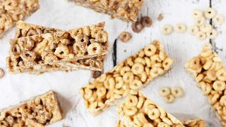 Easy No-Bake Cereal Bars