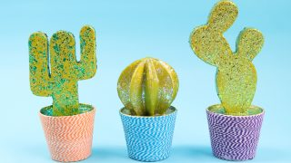 DIY Cactus With Glitter