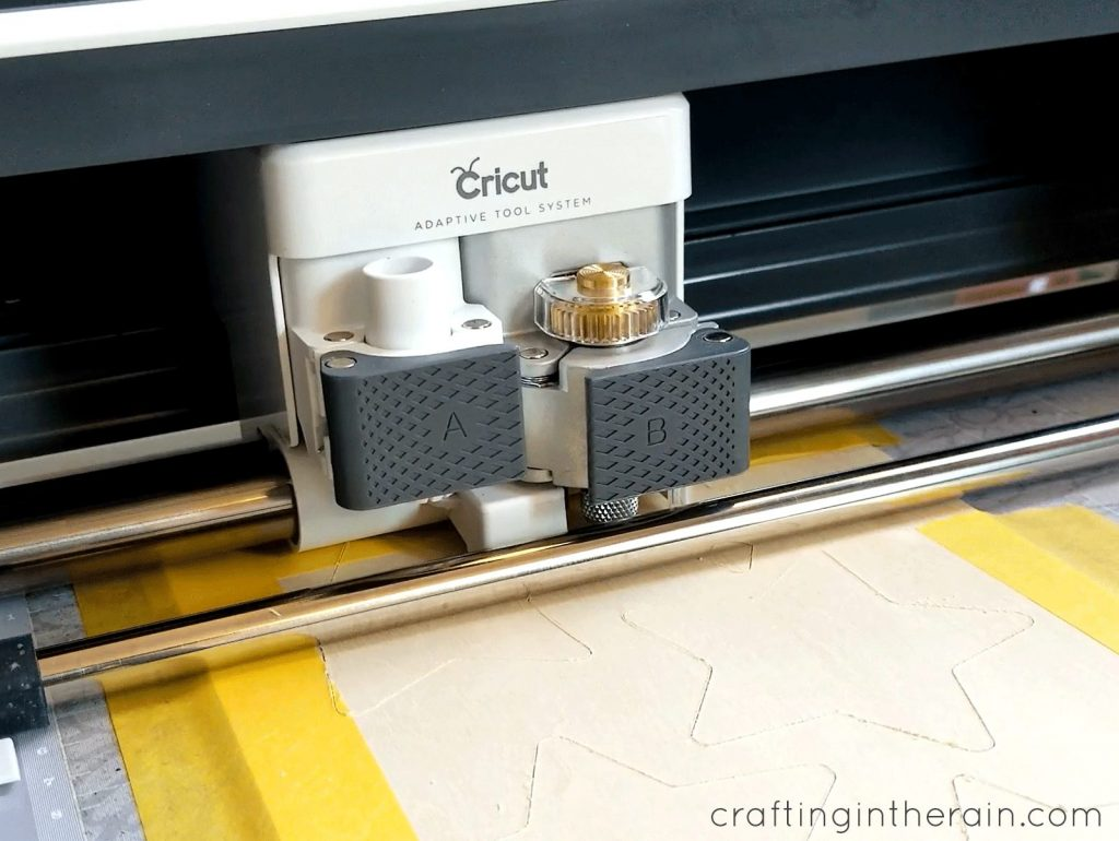 How does Cricut cut wood
