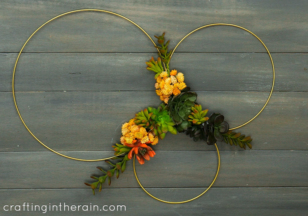 how to make a faux succulent wreath