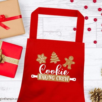 How to Make an Apron with Iron on Vinyl