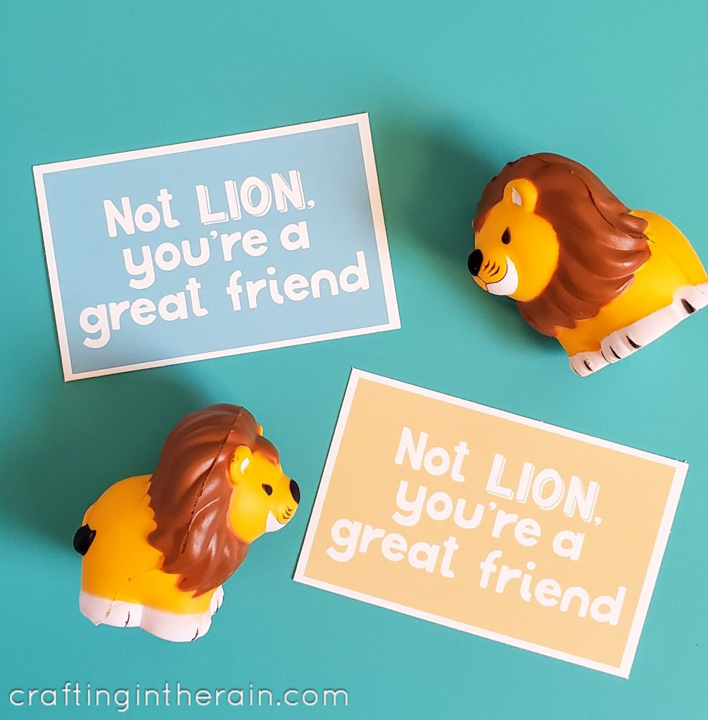 Lion Valentine toy with tag