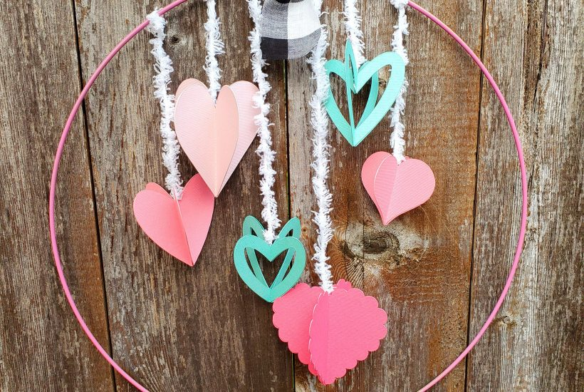 3D heart wreath with Cricut