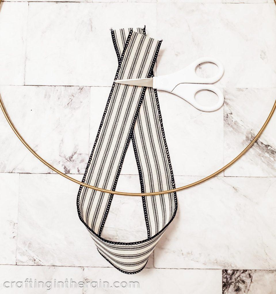 Loop ribbon onto wreath