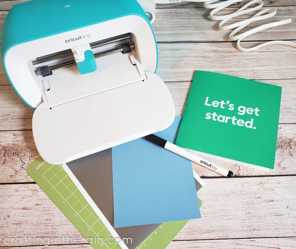 What comes in Cricut Joy box