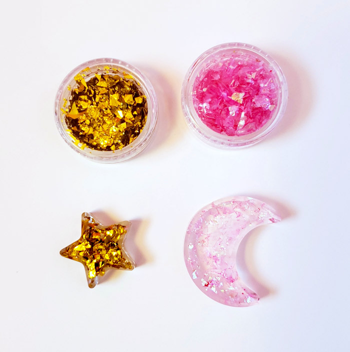 Glitter flakes in resin