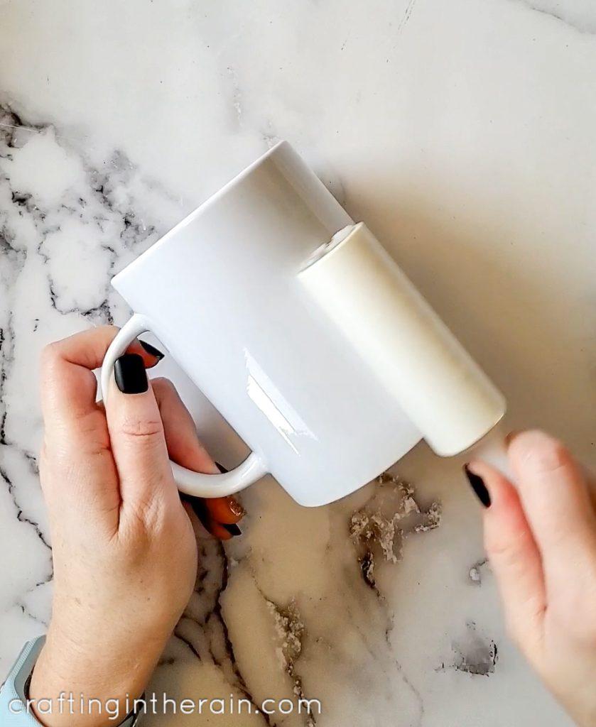 get lint off mug