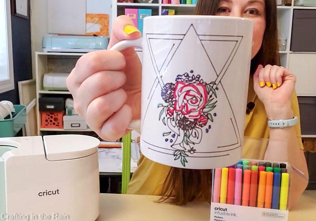 cricut mug with markers